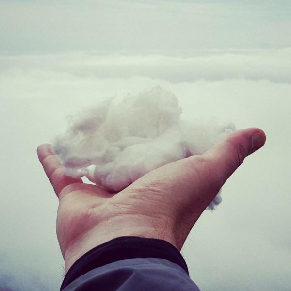Wolke in der Hand